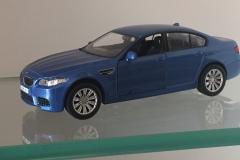 BMW - AZUL - MINIATURA (2)